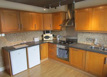 Thumbnail 2 bed flat for sale in Chase Side, Enfield Town