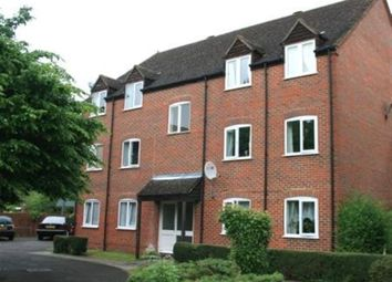 Thumbnail 2 bed flat to rent in Crawford Place, Newbury, Berkshire