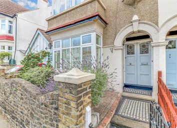 1 bed flat for sale in Leigh Hall Road, Leigh-On-Sea SS9
