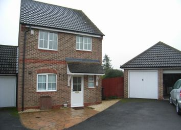 Thumbnail 3 bed detached house to rent in Marston Drive, Newbury