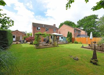 Thumbnail 4 bed detached house for sale in Sandford Close, Kingsclere, Newbury