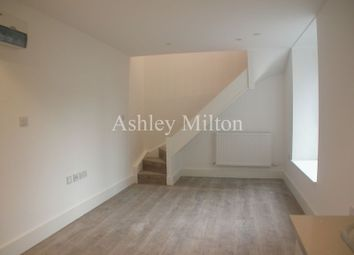 Thumbnail 1 bed flat to rent in Kilburn High Road, London