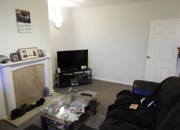 2 bed flat to rent in Wheatfield Road, Lincoln LN6