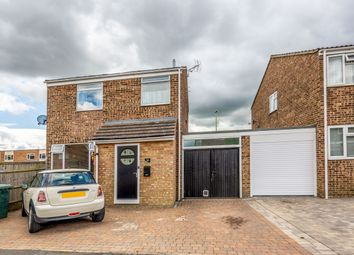Thumbnail 3 bed detached house for sale in Hampden Close, Bicester