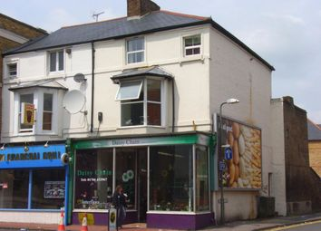 Thumbnail 5 bed flat to rent in High Street, Egham