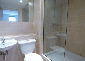2 bed flat to rent in Oldham Street, Liverpool L1
