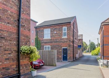 Thumbnail 3 bed detached house to rent in Station Road, Holmes Chapel, Crewe