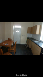 Thumbnail Room to rent in Hollowgate, Rotherham