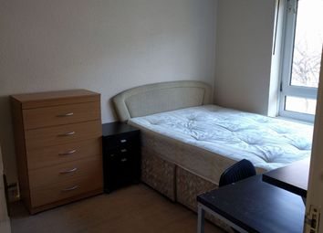 Thumbnail Room to rent in St Vincents House, Grange Walk, Borough