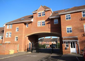 Thumbnail 2 bed flat to rent in Bevan Gate, Bracknell