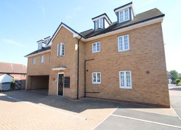 Thumbnail 1 bed flat to rent in High Street, Aveley, South Ockendon, Essex