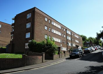 Thumbnail 2 bed flat to rent in Military Road, Dover