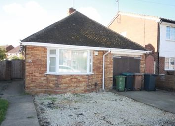 Thumbnail 3 bed detached bungalow to rent in Toddington Road, Luton