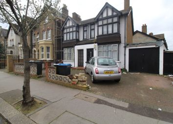3 bed flat for sale in Dagnall Park, London SE25