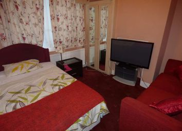 Thumbnail Room to rent in Brooms Road, Luton