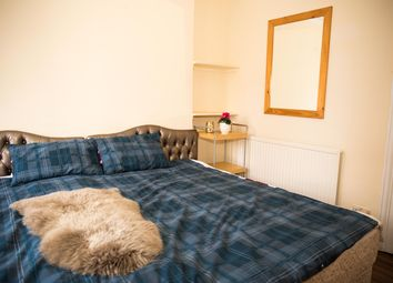 Thumbnail Room to rent in Hyde Park, Edgware Road, Central London
