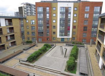 Thumbnail 1 bed flat to rent in Diamond Street, London