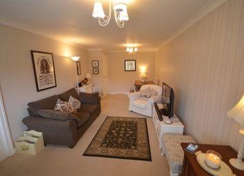 2 bed flat for sale in Lincoln Way, Rainhill, Prescot L35