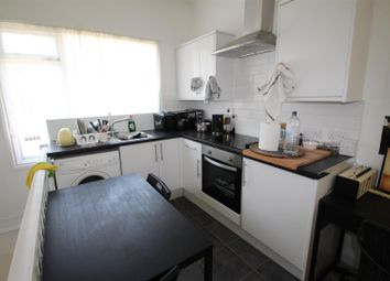 Thumbnail 1 bed flat for sale in Oriental Place, Brighton