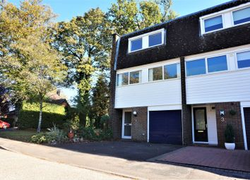 Thumbnail 3 bed town house for sale in Hawthorn Close, Horsham
