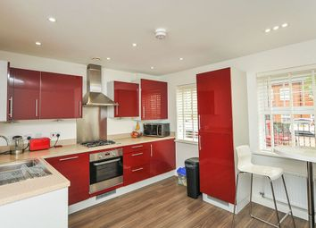Thumbnail 1 bed flat to rent in Sullivan Row, Bromley