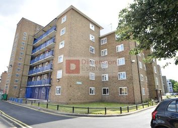 Thumbnail 4 bed flat to rent in Frampton Park Road, Hackney Central, London