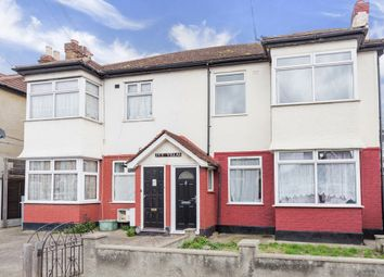 Thumbnail 2 bedroom maisonette for sale in Seven Kings Road, Ilford