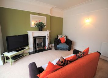 Thumbnail 2 bed flat to rent in Kenmure Avenue, Meadowbank, Edinburgh