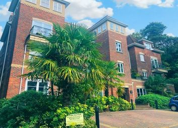 2 bed flat to rent in Branksome Wood Road, Bournemouth BH2
