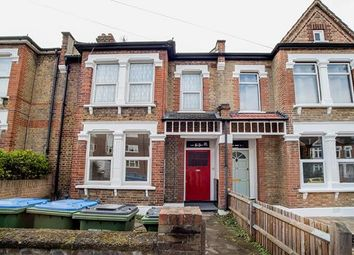 1 Bedrooms Flat to rent in Kinveachy Gardens, Charlton, London SE7