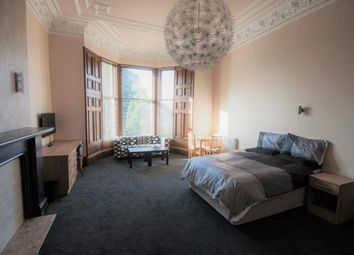 Thumbnail 1 bed flat to rent in Grosvenor Road, Dundee