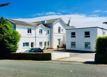 2 bed flat to rent in Higher Warberry Road, Torquay TQ1