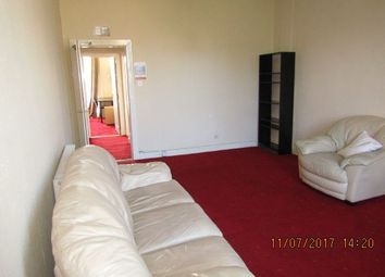 Thumbnail 3 bed flat to rent in Windsor Street, Dundee