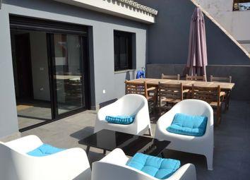 Thumbnail 3 bed apartment for sale in Fuengirola, Málaga, Spain