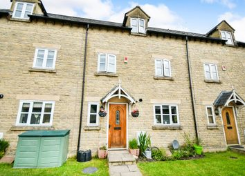 Thumbnail 3 bed town house for sale in St. Dunstan Court, Calne