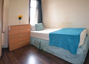 Thumbnail 7 bed shared accommodation to rent in Studley Road, London