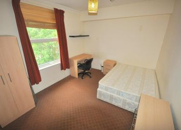 Thumbnail 3 bedroom flat to rent in Kensington Terrace, Hyde Park, Leeds