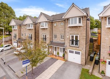 4 bed semi-detached house for sale in Pennythorne Drive, Yeadon, Leeds LS19