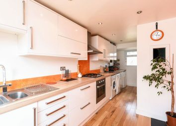 2 bed property to rent in Fairhaven Road, Caversfield, Bicester OX27