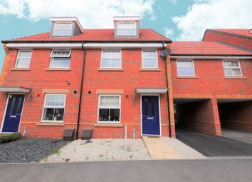 4 bed semi-detached house for sale in Greenwood Way, Harwell, Didcot OX11