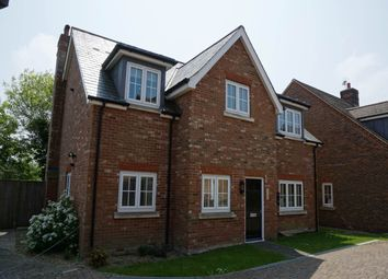 Thumbnail 2 bedroom flat to rent in Great Durgates Close, Wadhurst, East Sussex