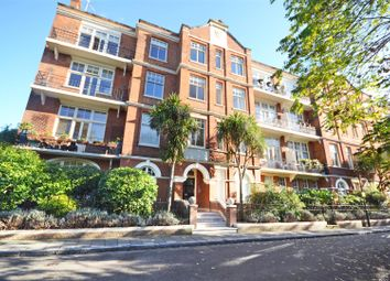 Thumbnail 4 bed flat to rent in Willoughby Road, Twickenham