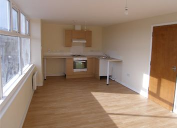Thumbnail 2 bedroom flat to rent in High Street, Scunthorpe