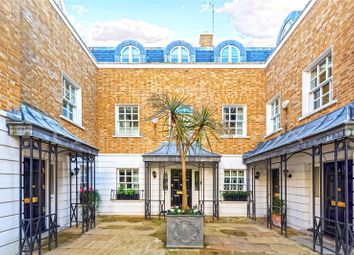 3 bed town house to rent in The Courtyard, Trident Place, Chelsea SW3