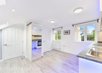 Thumbnail Studio to rent in Sunbury Way, Hanworth, Feltham
