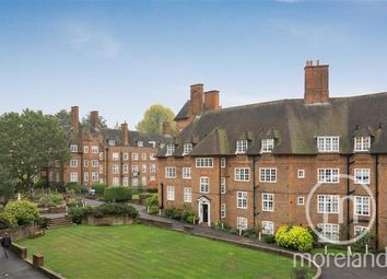 Thumbnail 2 bed flat for sale in Heathcroft, Hampstead Garden Suburb