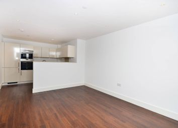 Thumbnail 2 bed flat for sale in Queensland Road, Islington