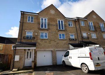 Thumbnail 4 bed property for sale in Kingfisher Court, Bradford