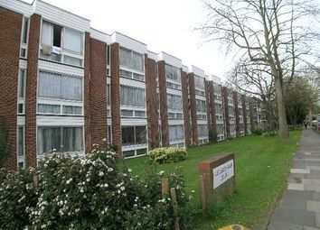 Thumbnail 1 bed flat to rent in Lovelace Gardens, Surbiton