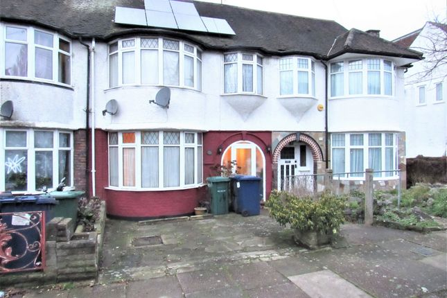 Photo 17 of Colin Crescent, London NW9